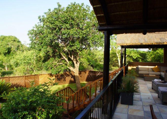 Tau patio and garden