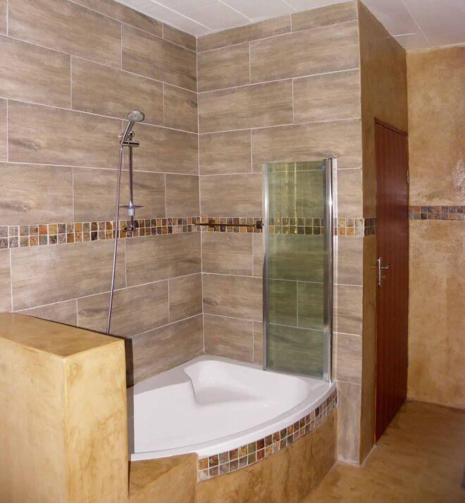 Bathroom-room-3-B-Marloth-Park-Hippo-House