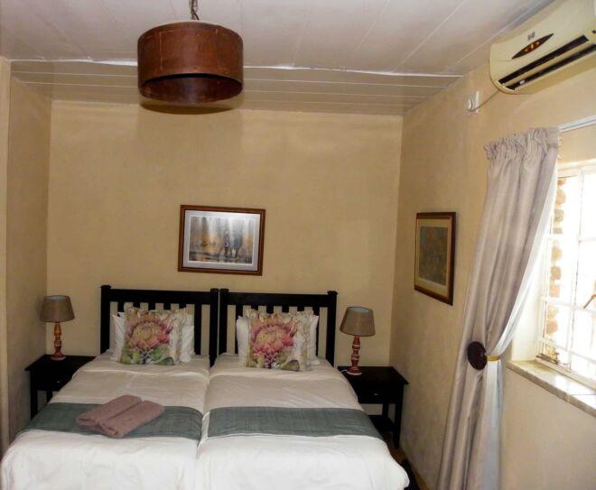 Room-3-Marloth-Park-Hippo-House
